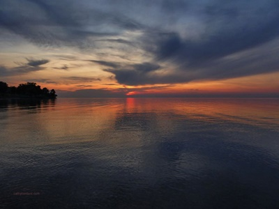 Lake Ontario Sunset <i>- by Cathy Contant</i>